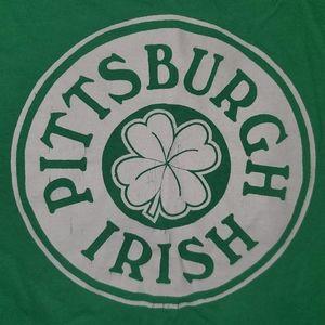 4/25Pittsburg Irish Raw Cut Wmns Green Muscle Tank